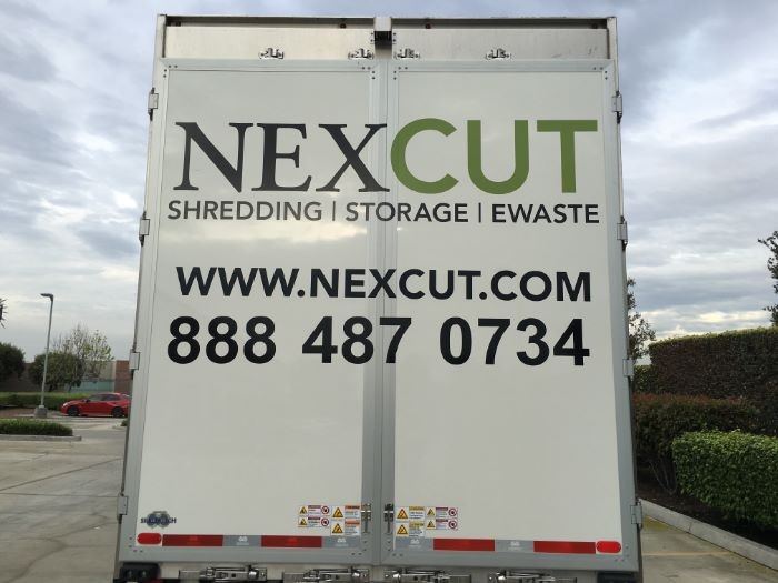 Vehicle Graphics for Semi Trailers in Los Angeles County