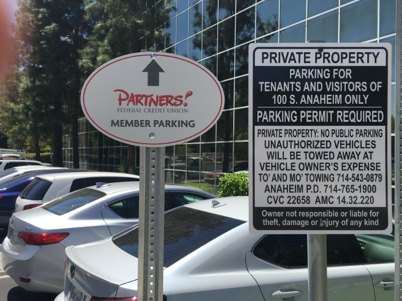 Businesses Opening A New Location In Anaheim Need Signs