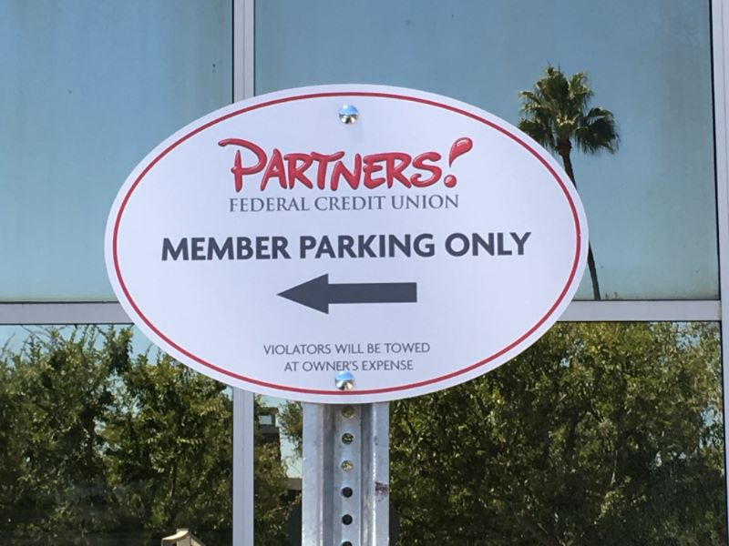 NO Parking Signs - Authorized Parking Signs - Mississauga ...