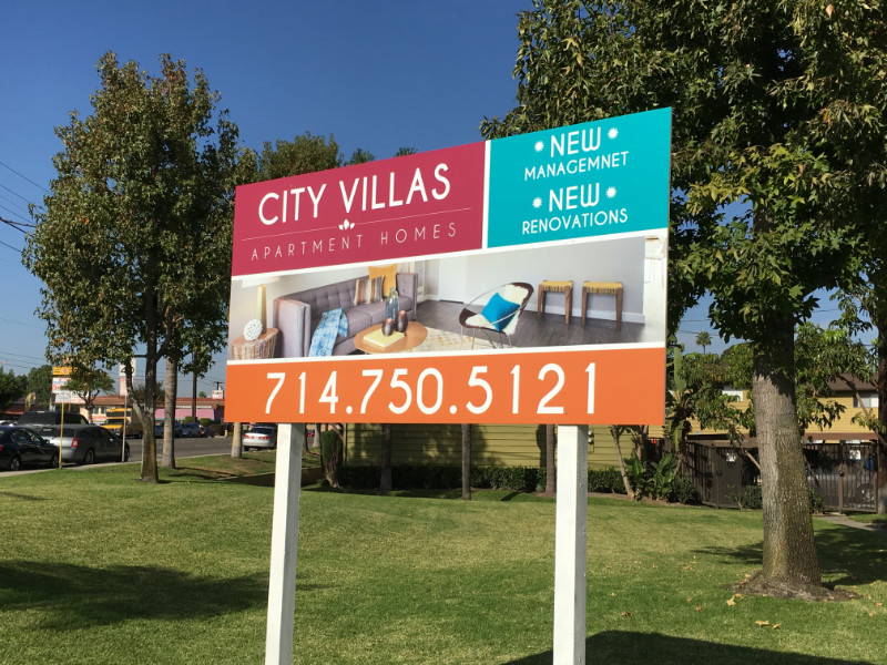 apartment signs and graphics