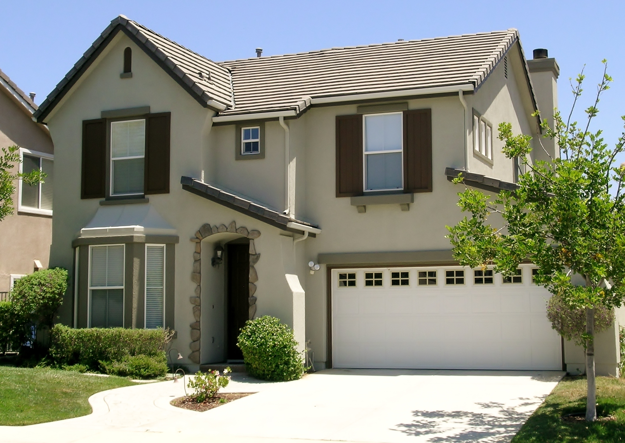 Examples of house colors luxurious home design for Exterior paint examples
