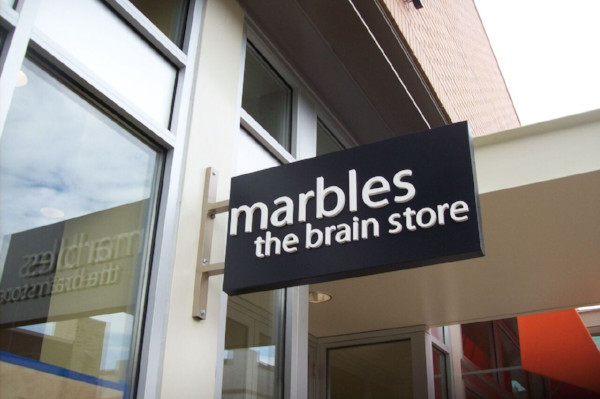 Signs and Graphics for Retail Stores in Chicago