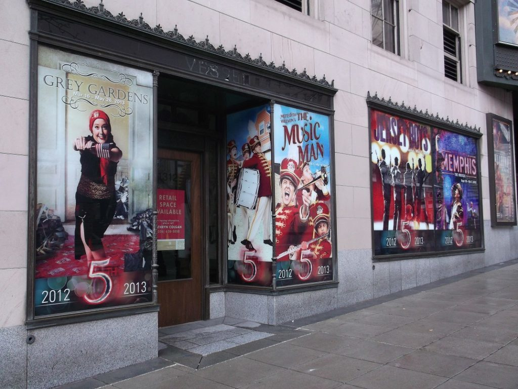 Window Graphics for Retail Stores in Chicago
