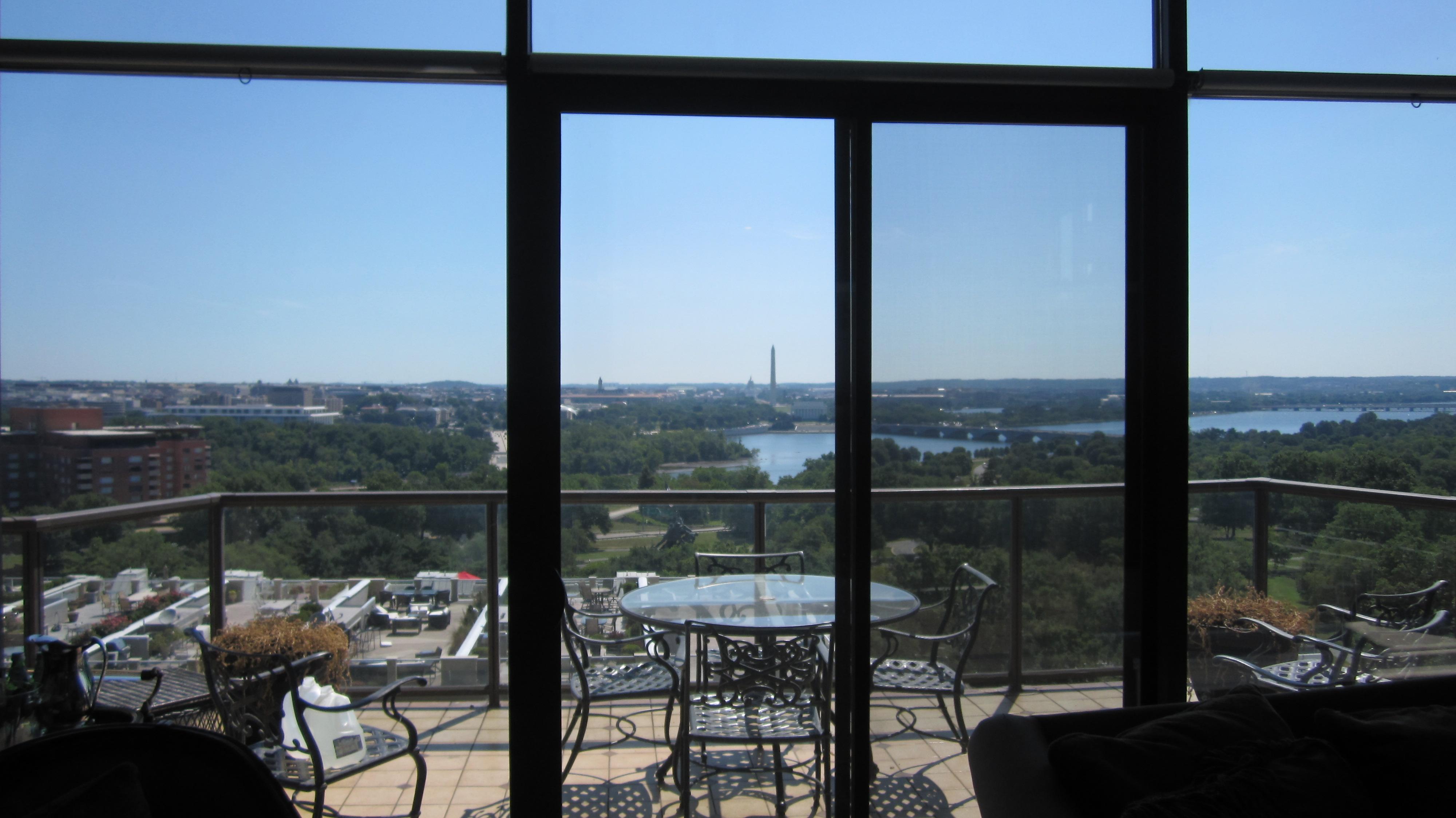 Home Window Tinting in Arlington VA – Installed Suntek DRDS 25