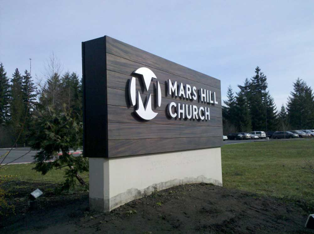 Custom monument signs to gain attention for your business park katy tx for Exterior office signs