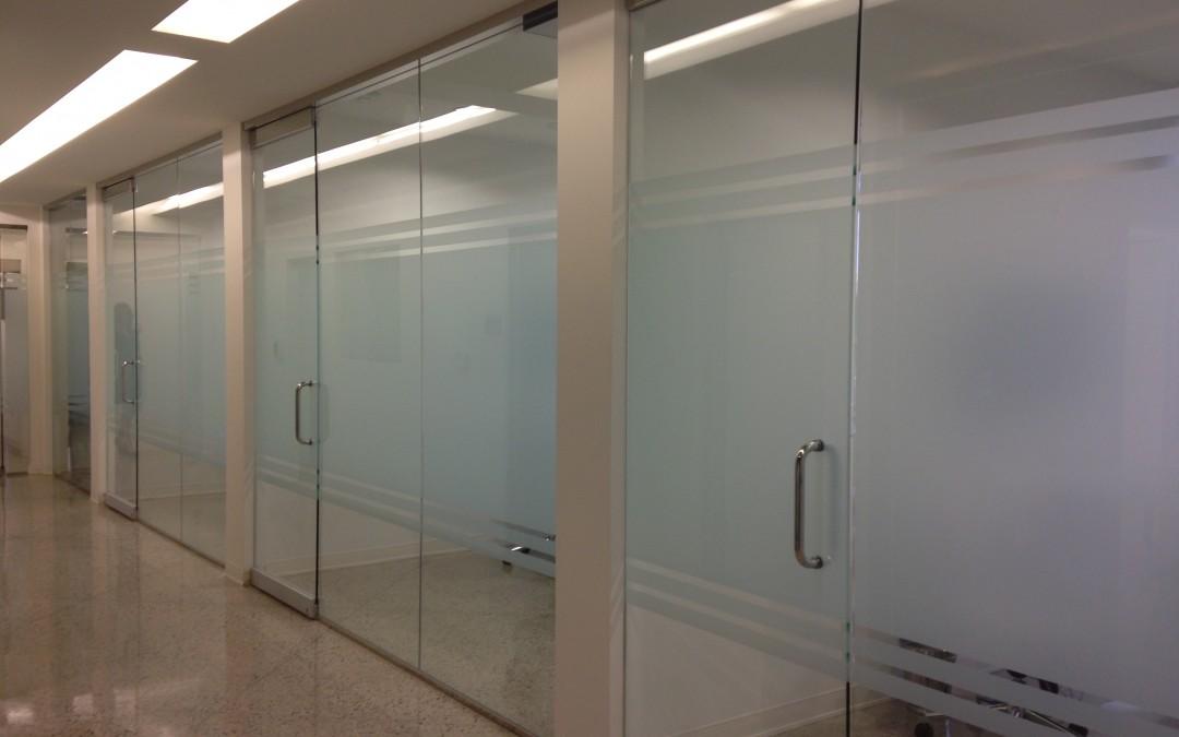 Architectural Glass Solutions Design At Dallas Dental Clinic