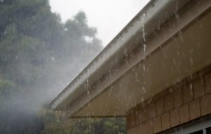 Unblock Storm Gutters and Drains