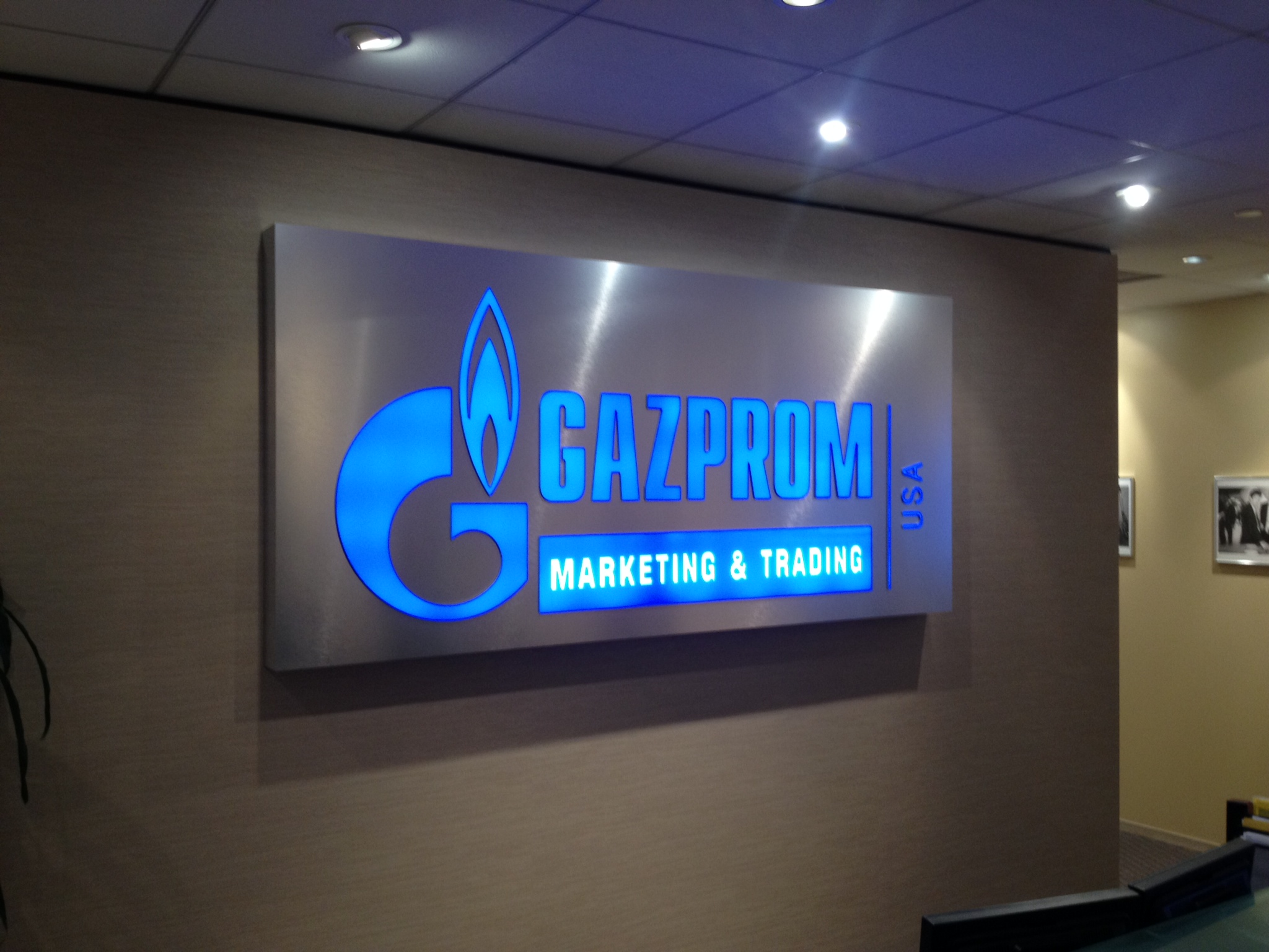 Customized Lit Lobby Signs In Naples Fl