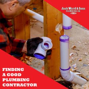 Man performing plumbing job after finding a good plumbing contractor