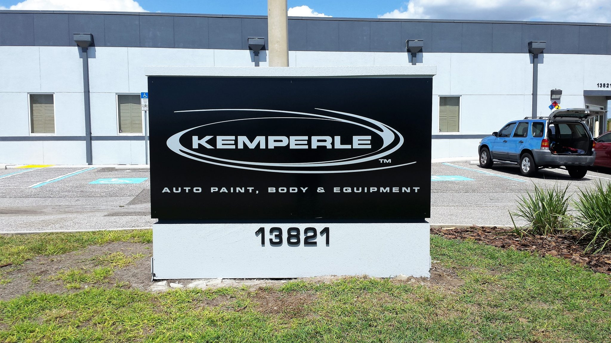 Solid Symbols Of Tampa Businesses Outdoor Monument Signs