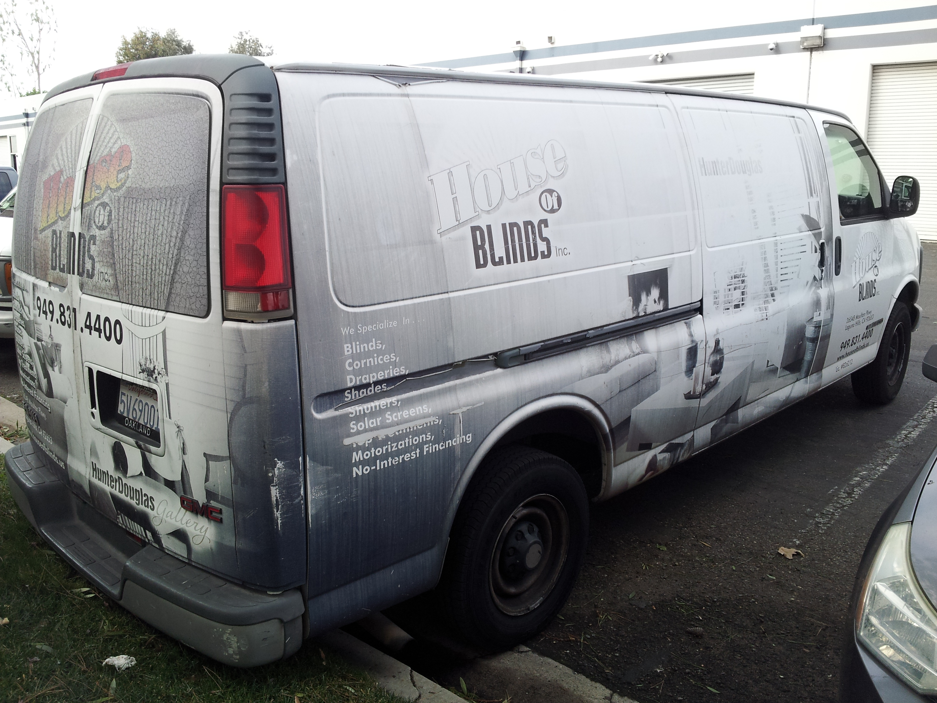 Worn Out Vehicle Wrap Removal and Rewrap in Tustin, CA